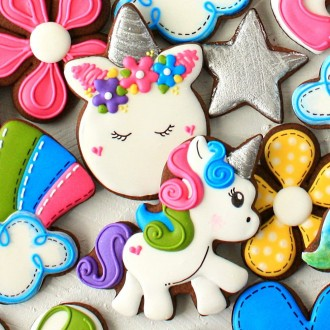 "LilaLoa's Unicorn Face Cookie Cutter 3 7/8"" x 2 3/4"""