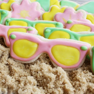 Sunglasses Cookie Cutter 3 1/2""