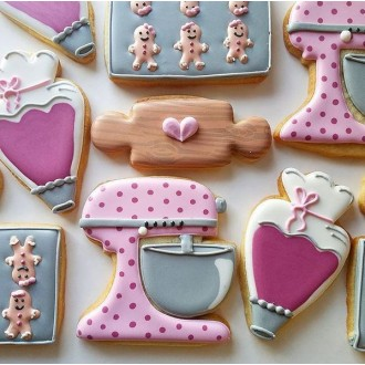 """Piping Bag / Carrot Cookie Cutter 4"""" x 2 1/4"""" from Flour Box Bakery"""