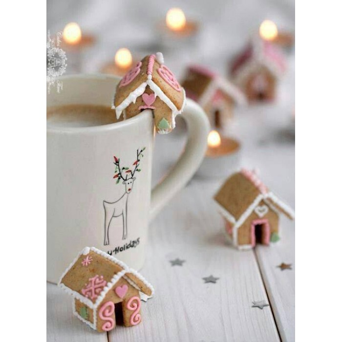 Little Gingerbread House for your Mug (3D cookie cutter)