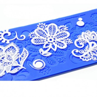 Crystal Candy Lace Mat Bebe