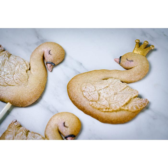 Karen Davies Swans Cookie Mould