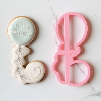 Birthday Balloon with Tassels Cookie Cutter and Embosser