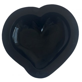 Curved Heart Silicone Baking & Freezing Mold